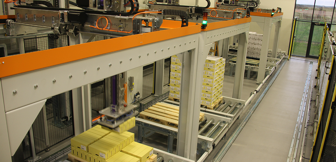 Palletizing at Jakobsens A/S