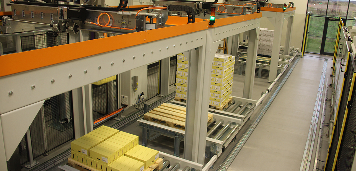 Palletizing at Jakobsens Honey - Egatec Packaging Int.